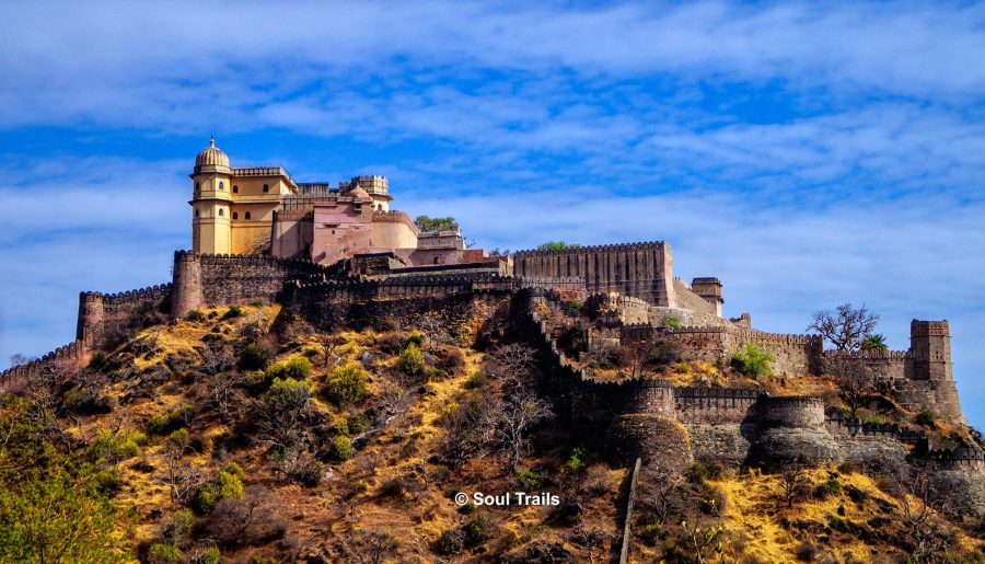 A Trip to 'The Second Longest Wall of the World' – Kumbhalgarh Fort